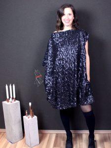 Oversize Kleid Stilweg